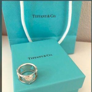 Return to Tiffany Ring